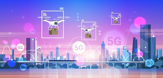 Drones vliegen over stad 5g online communicatienetwerk draadloze systemen verbinding express levering concept