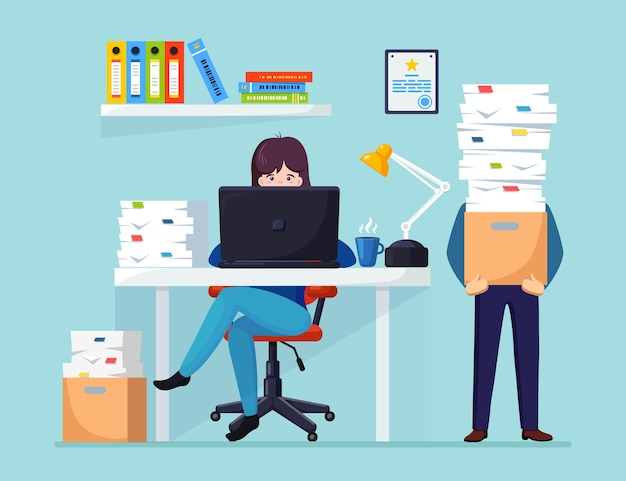 Drukke zakenman met stapel documenten in karton