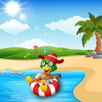 Duck cartoon geniet van gitaar spelen en zingen op het strand