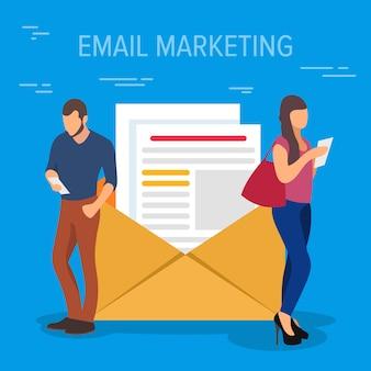 E-mailmarketing concept illustratie. bedrijfsmensen die apparaten gebruiken die zich dichtbij een grote open brief met documenten bevinden. platte concept van jonge mannen en vrouwen met behulp van smartphone voor teamwerk.