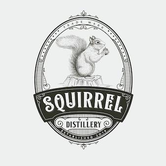 Eekhoorn distilleerderij logo ontwerp