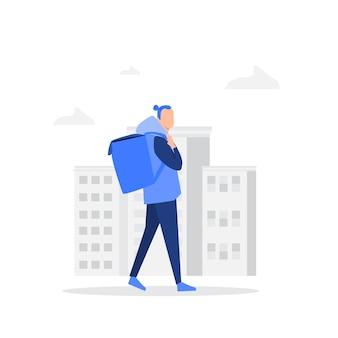 Een backpackertoerist die in de stadsstraten loopt