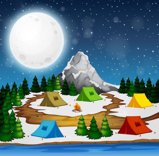 Een camping in de nacht