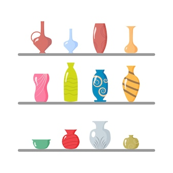 Een collectie vazen van keramiek.