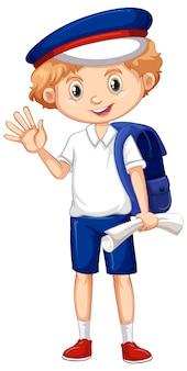 Een gelukkige jongen met blauwe rugzak