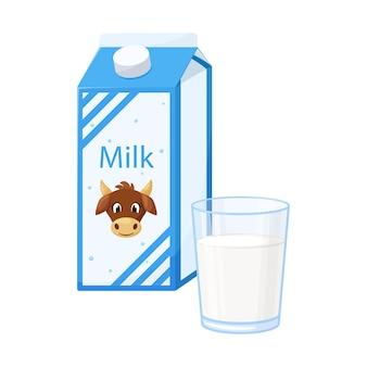 Een gesloten papieren doos met melk met een koe op het etiket. een helder glas met verse melk. zuivel product.