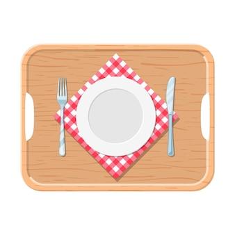 Een houten dienblad met ijzeren plaat mes en vork rood geruit doek