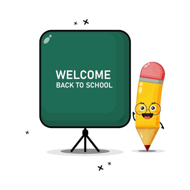 Een leuke potloodmascotte die voor een schoolbord lesgeeft