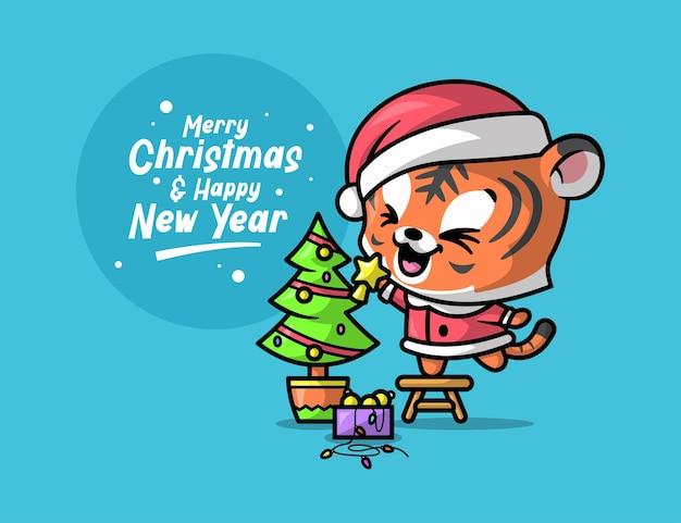 Een leuke tijger versiert een kerstboom om kerstavond te vieren