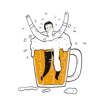 Een man in het glas bier.