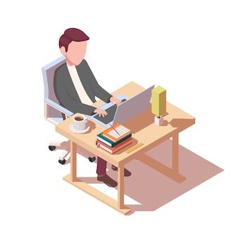 Een man werkt aan een tafel. online werken of leren.