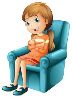 Een meisje zit op een stoel