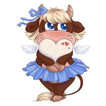 Een mooi meisje koe in een blauwe rok met een strik op de hoorns houdt een frame in de vorm van een hart voor de inscriptie.