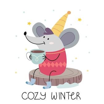 Een muis in een warm jasje drinkt cacao en glimlacht. illustratie voor kinderboek. leuke poster. scandinavische stijl.minimalisme. natuur.