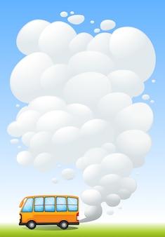 Een oranje bus die rook uitzendt