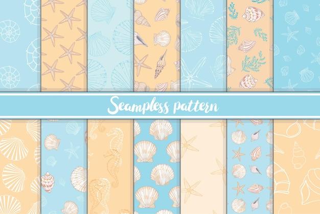 Een reeks mariene en mariene naadloze patronen in oranje en blauw.