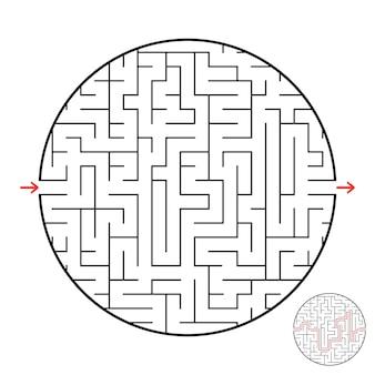Een rond labyrint met een ingang en een uitgang.