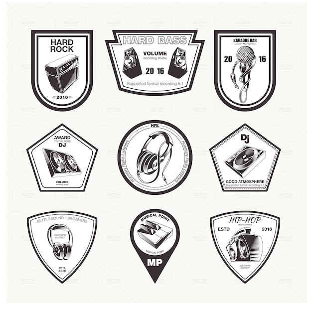 Een set van muziekinstrumenten pictogrammen emblemen in het zwart.