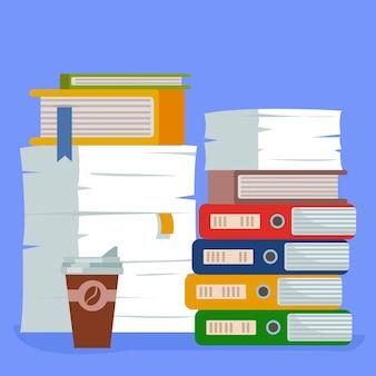 Een stapeltje mappen met papieren documenten en een glaasje koffie buitenschools werk