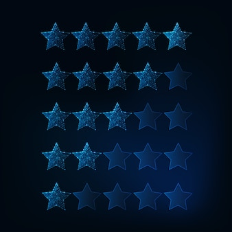 Een tot vijf sterren beoordelingssysteem. futuristische gloeiende lage veelhoekige sterren.