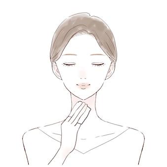Een vrouw die haar huid hydrateert door met lotion gevuld katoen in haar nek aan te brengen.