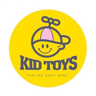 Eenvoudig plat kinderlogo. baby, kinderartikelen, speelgoedwinkel, winkel, logo met zoete snoepjes. menselijk pictogram. kinderen icoon, gelukkige jongen in hoed karakter. glimlachend jong geitje vlakke portriat geïsoleerd op een witte achtergrond.