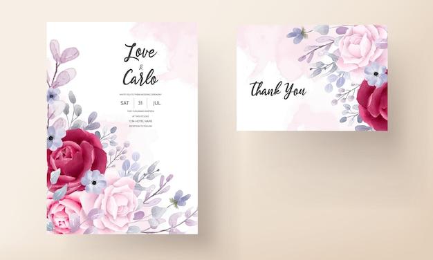 Elegant bourgondië een paarse bloemenuitnodigingskaart van het waterverfhuwelijk Gratis Vector