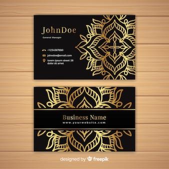 Elegant visitekaartje met mandalaontwerp