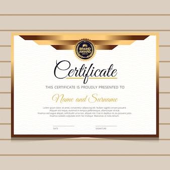 Elegante en gouden diploma certificaatsjabloon