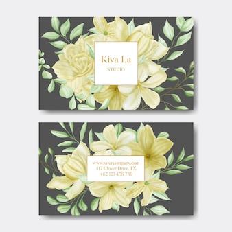Elegante visitekaartjesjabloon met aquarel bloemenframe