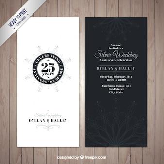 Elegante zilveren uitnodiging van de huwelijksverjaardag