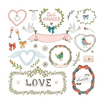 Elementen voor huwelijksuitnodigingen. frames, kransen, huwelijkssymbolen, liefde en net getrouwd