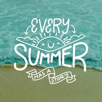 Elke zomer heeft een verhaalbelettering met foto