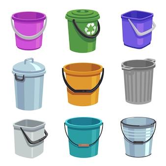 Emmer en emmer set. lege containers met handvat, vuilnisbakken en emmers met water. cartoon geïsoleerde set