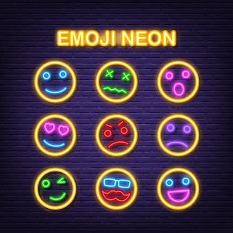 Emoji neon pictogrammen