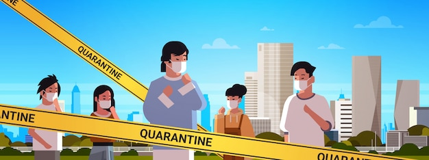 Epidemie mers-cov gele tape met quarantaine inscriptie aziatische mensen dragen maskers om coronavirusinfectie te voorkomen wuhan 2019-ncov pandemie gezondheidsrisico concept portret stadsgezicht achtergrond horizon