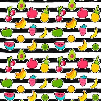Exotische vruchten op strepen naadloos patroon. zomerfruit, kers op zwart-wit gestreepte achtergrond