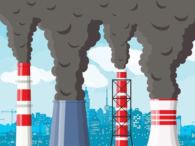 Fabriek pijp roken tegen stadsgezicht heldere hemel. plantpijp met donkere rook.
