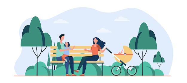 Familie genieten van vrije tijd in park. ouders, kind zittend op een bankje op de wandelwagen. cartoon afbeelding
