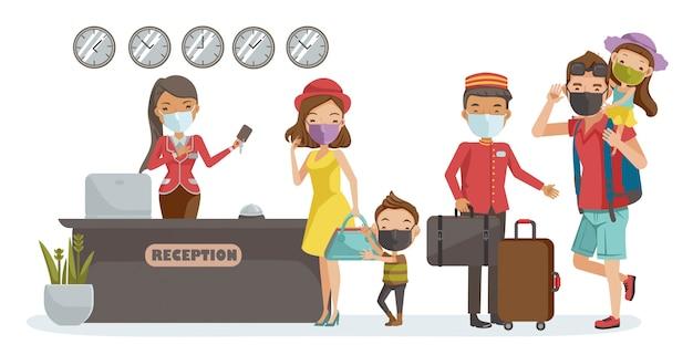Familie traval masker. familie inchecken hotel in de lobby. receptioniste in de lobby. porter biedt service. nieuw normaal concept.
