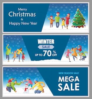 Famly die kerstmis op de winterachtergrond verzamelt en viert