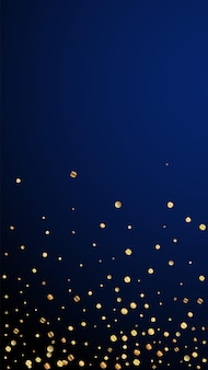 Feestelijke grappige confetti. viering sterren. dunne gouden confetti op donkerblauwe achtergrond. ideale feestelijke overlay-sjabloon. verticale vectorachtergrond.