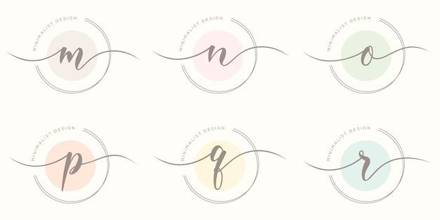 Feminime iniitial met cirkel concept logo sjabloon