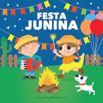 Festa junina-achtergrond met mensen die pret hebben