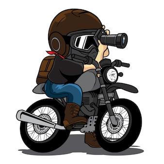 Fietser maakt foto's op een motorfiets