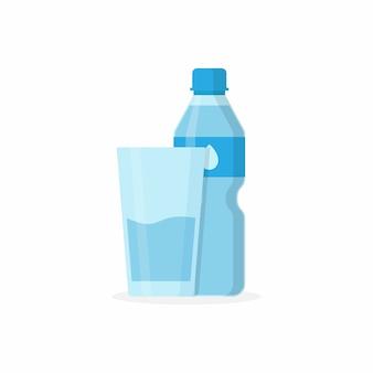 Flessenwaterdrank en glas met waterdrank