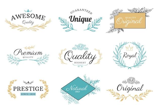 Floral sieraad label. vintage natuurlijke motief frames en randen met bloemen en blad. klassieke luxe, koninklijke en premium kwaliteit vector set. embleem met takken voor winkels en winkels