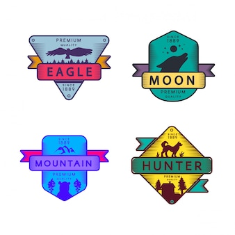 Fly eagle en hunter, moon en mountain set logo. kleurrijk assortiment handelsmerk premiumkwaliteit. huilende wolf en beer