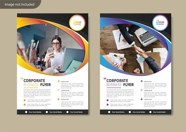 Flyer sjabloonontwerp voor omslaglay-out jaarverslag