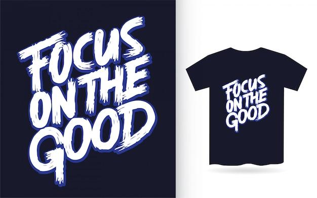 Focus op de goede hand belettering voor t-shirt